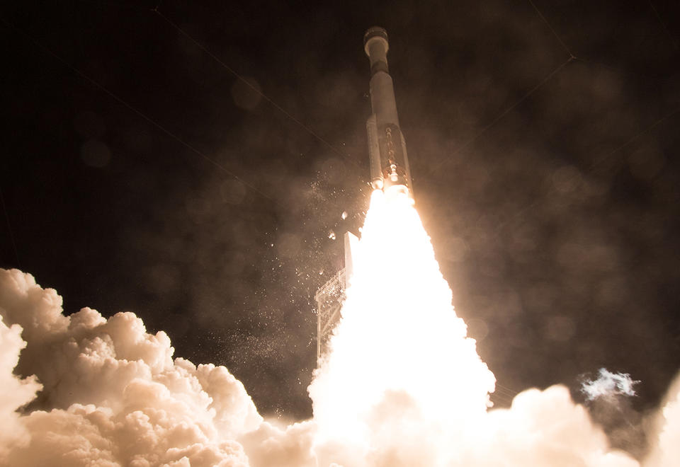 In pictures: New Boeing spacecraft to return early after failure