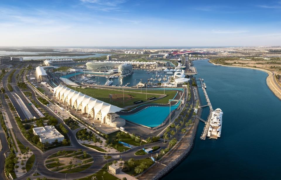 Dubai mulls launch of new bus route to Abu Dhabi's Yas Island