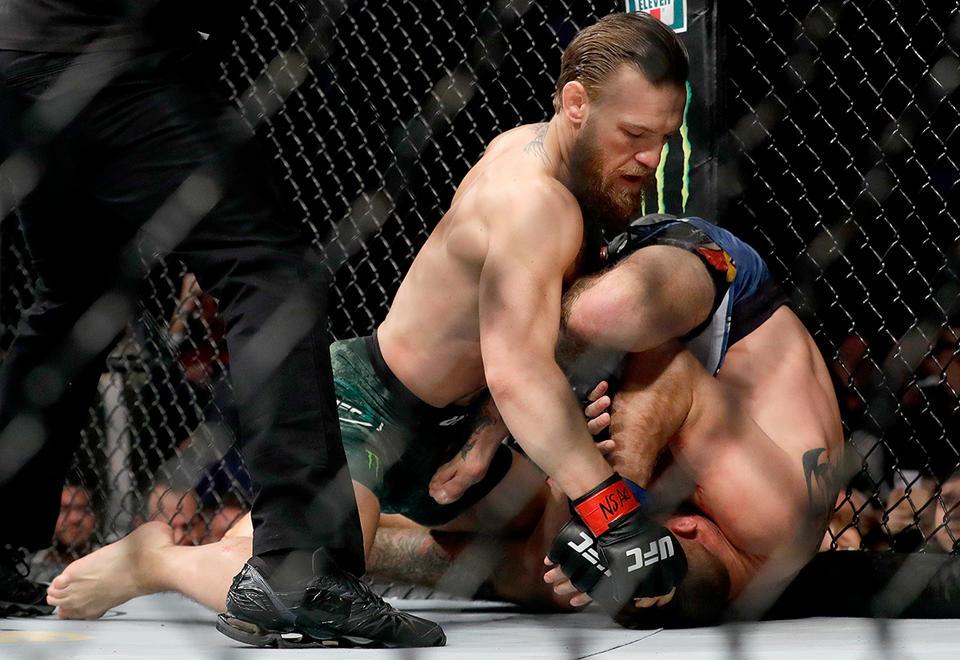 Gone in 40 seconds: Conor McGregor demolishes Cerrone in return to UFC octagon
