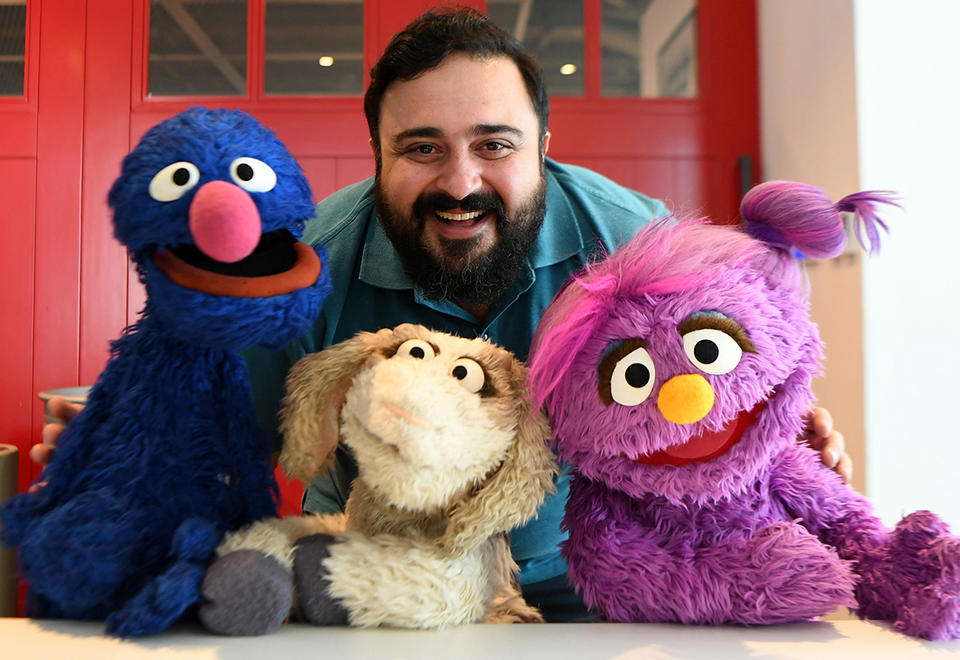 New Arabic 'Sesame Street' to help kids cope with emotions