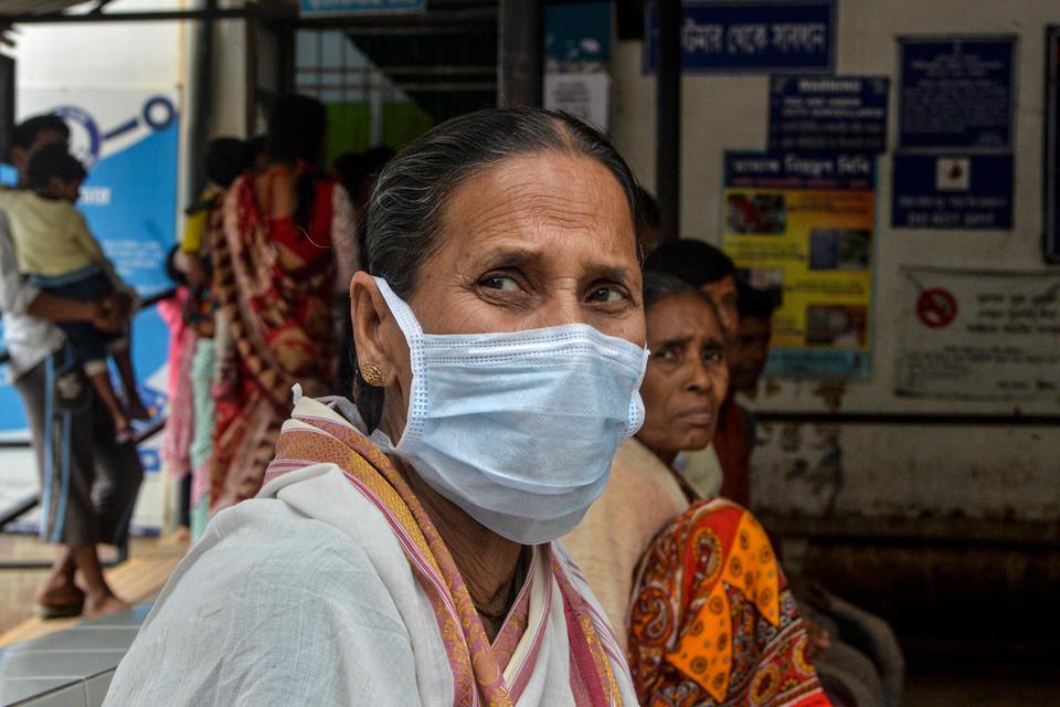 India tops four million virus cases as coronavirus pandemic rages