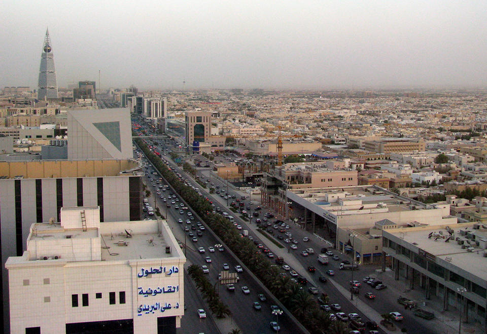 Saudi Arabia implements 21-day curfew, as coronavirus cases surge to 511