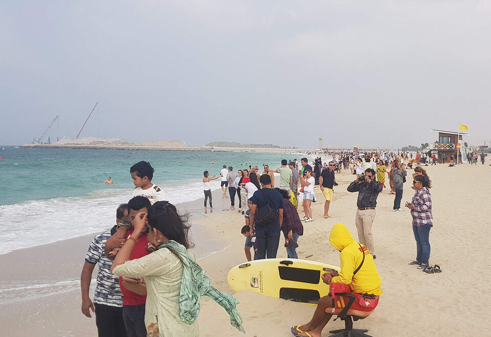 Dubai reopens beaches and parks