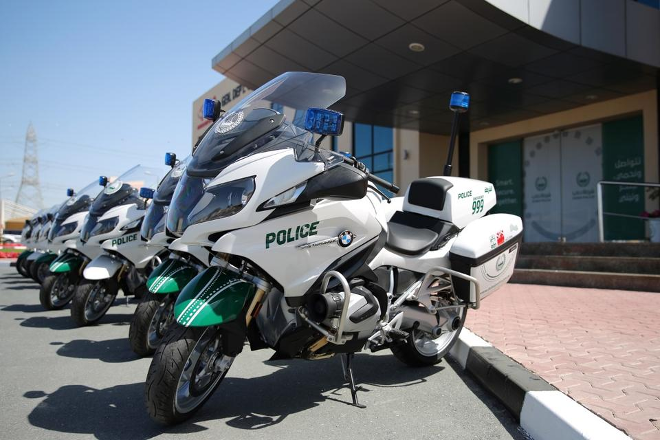Dubai Police expands its fleet with 10 BMW Motorrad R1250RT-P motorcycles