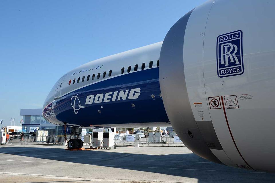 Boeing reports big loss, signals more job cuts