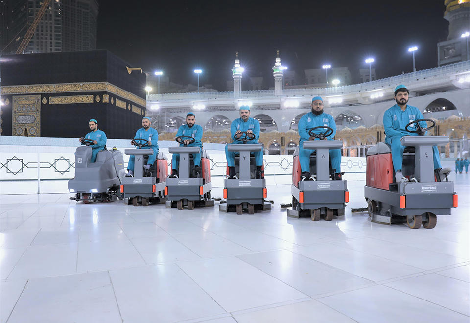 Saudi opens hajj registration for foreign residents