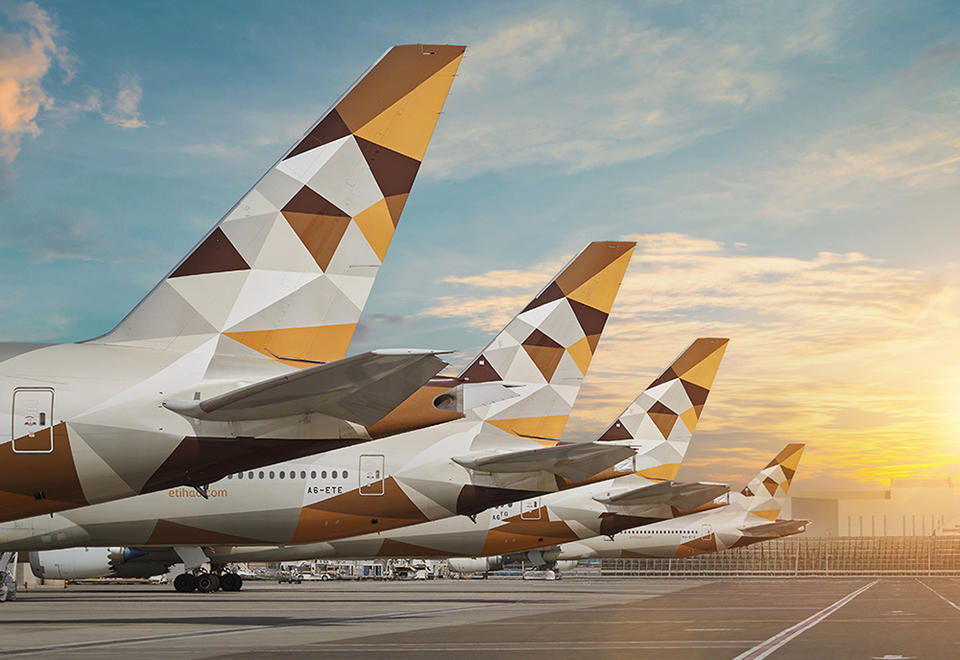Etihad Airways plans to resume reduced network of passenger flights from May
