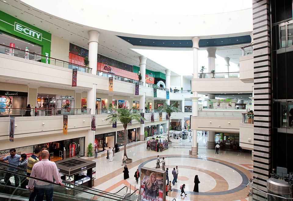 Abu Dhabi malls face stiff fines, closure for breaking Covid-19 rules