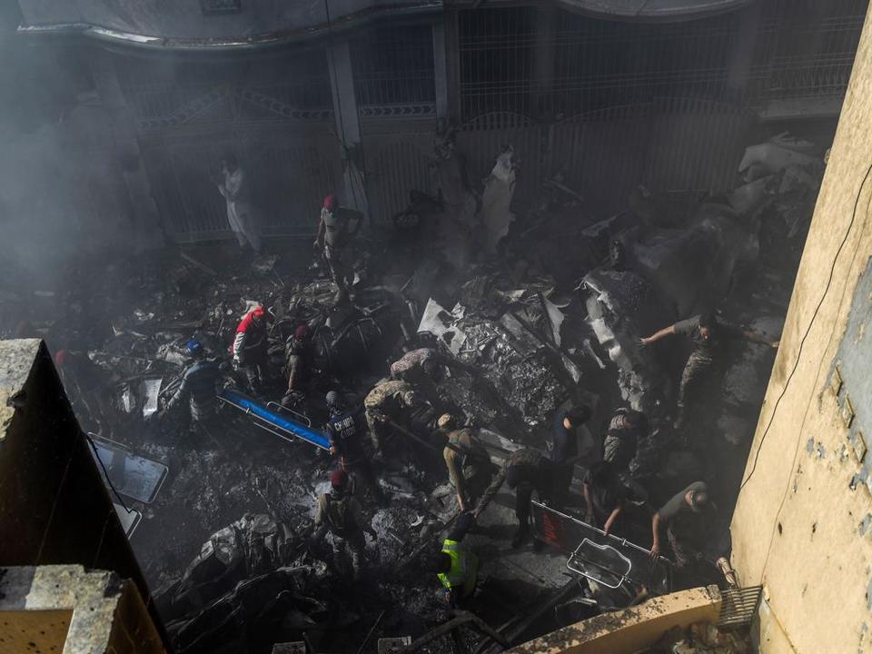Pakistan crash death toll rises to 97, two survive