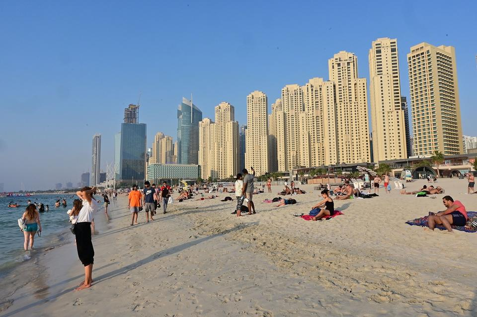 Dubai reveals new guidelines for wearing face masks in public