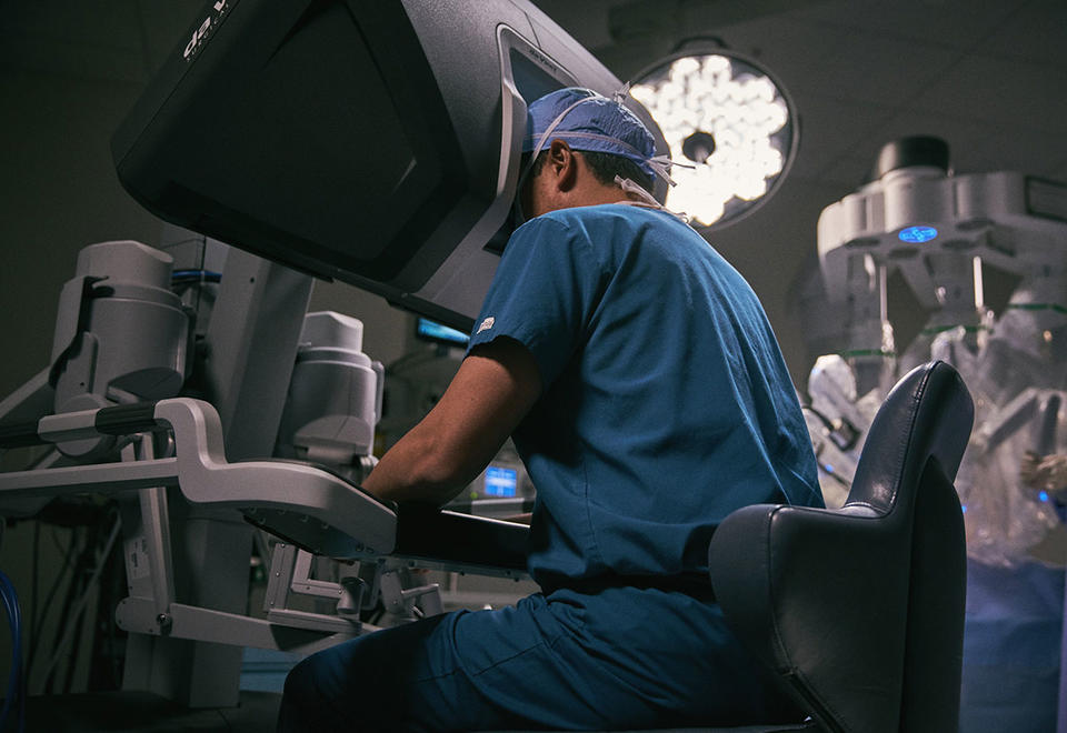 Mediclinic Middle East launches robotic programme at Mediclinic City Hospital