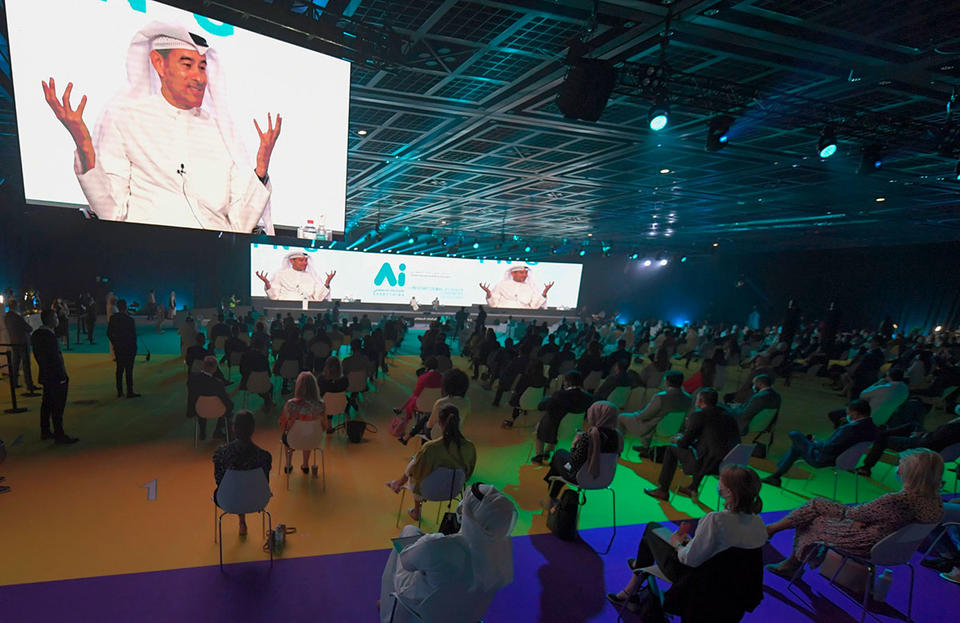 Dubai holds first 'real life' business conference after shutdown