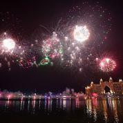 Dubai-New-Years-Eve-2019-Fireworks-(7).jpg